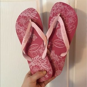Pink Floral Havaianas Flip Flops